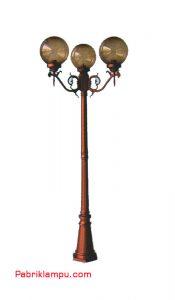 Lampu Hias Taman Model 2 Tangan Kanan kiriGC 248 B4per3 25 cm T